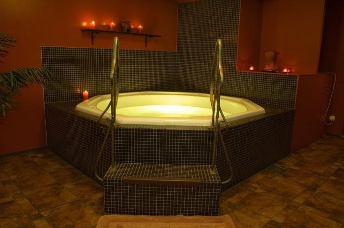 les professionnels du spa s 39 installent bordeaux. Black Bedroom Furniture Sets. Home Design Ideas
